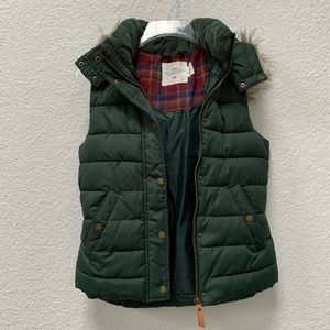 H&M | Hooded Puffer Vest
